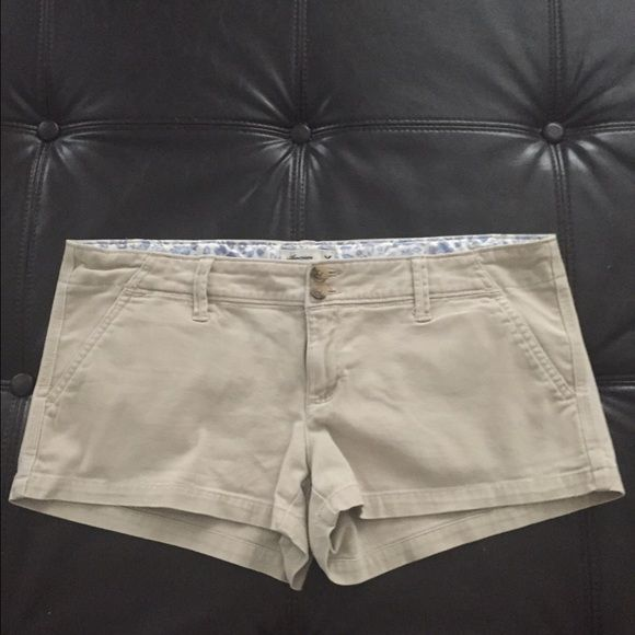 Light tan American Eagle Short Sorts In great shape just too big. American Eagle Outfitters Shorts