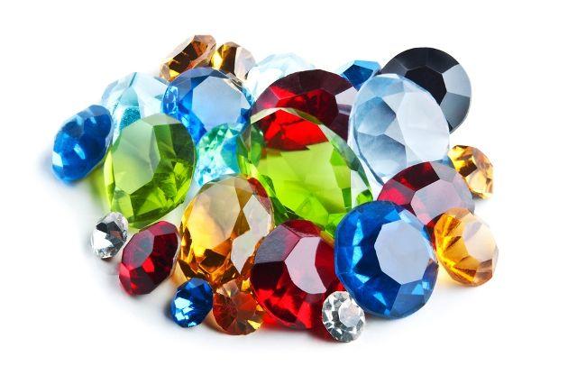 Pile of gemstones | Semi precious gems, Gems for sale, Gems