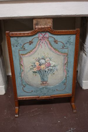 Here Is A Nice Antique French Painted Fire Screen Circa 1800 Oil