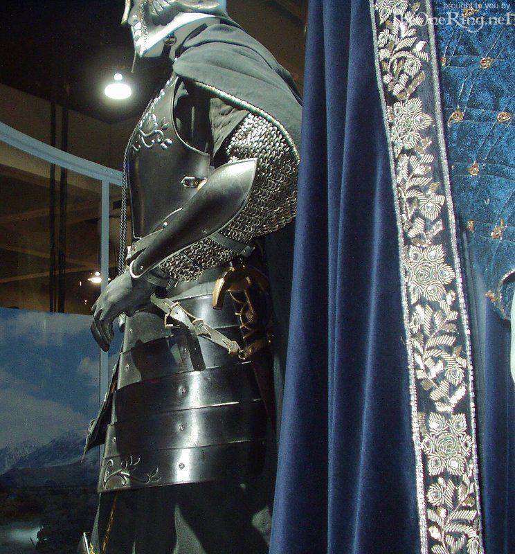 Soldier of Gondor Costume - Left Side 2 - 744x800, 154kB ...  Soldier of Gond...