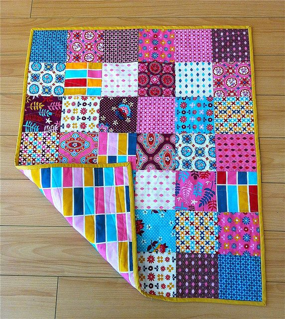 Patchwork Quilting Beginners Classes: Class Sample-Charming Patchwork Quilt