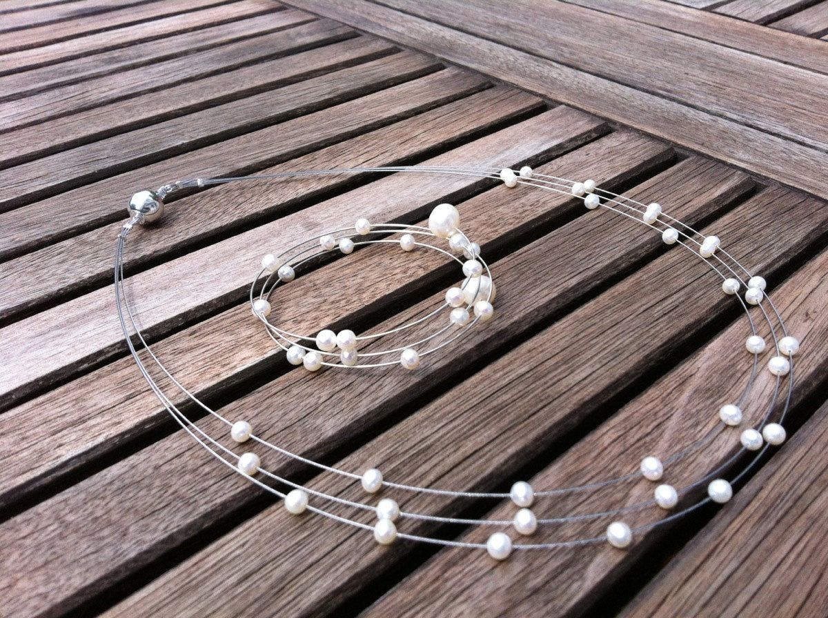 Perlenschmuck Hochzeit Pearl Jewelry Set For Wedding Floating Pearls On Necklace