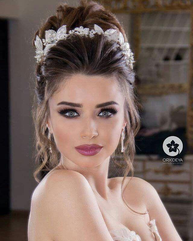 Make Up Beautiful Eyes Girls 2019 Fashion Long Hair Wedding Styles Hair Styles Wedding Hair And Makeup