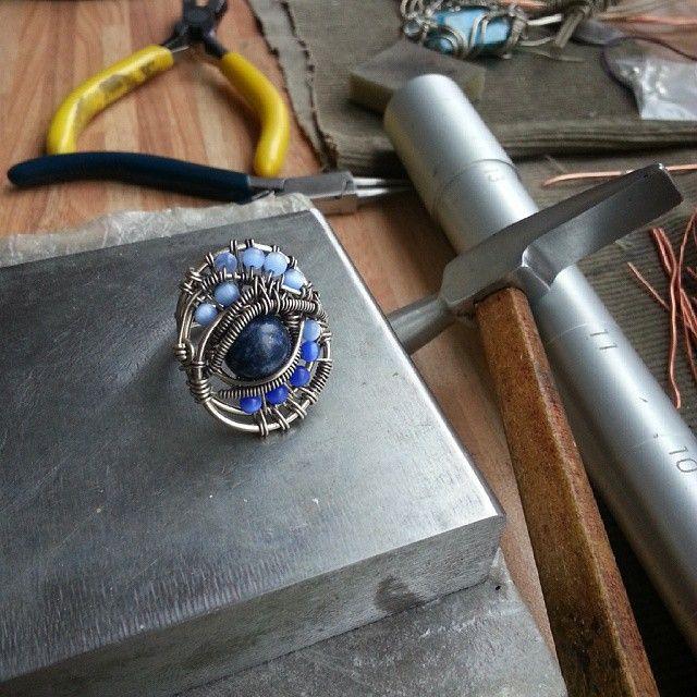 Ring with lapis lazuli