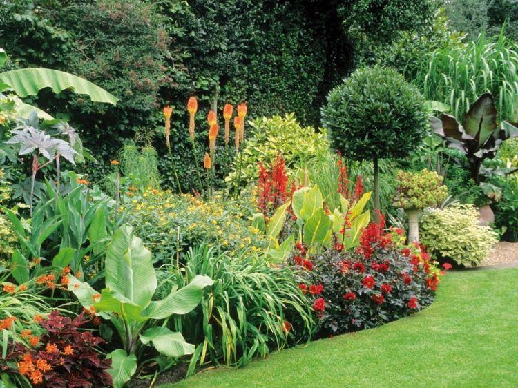 Blumenbeet Anlegen Gartenarbeit Planung  Wunderschoen Blumen Pflanzen  Begruenung