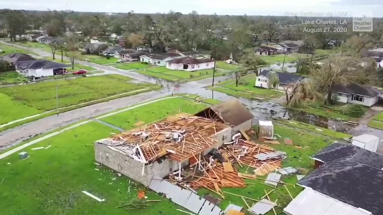 Aerials Show Dramatic Extent Of Hurricane Laura Damage In Lake Charles Videos From The Weather Channel Weather Com In 2020 The Weather Channel Lake Charles Aerial