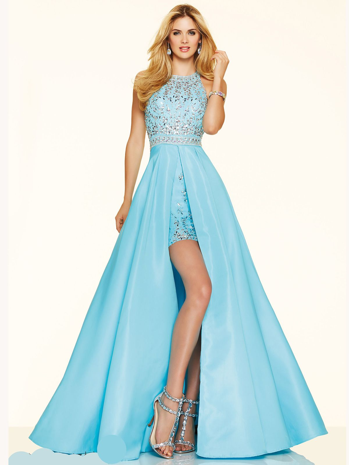 Make your prom dream come true wearing this beautiful prom dress ...
