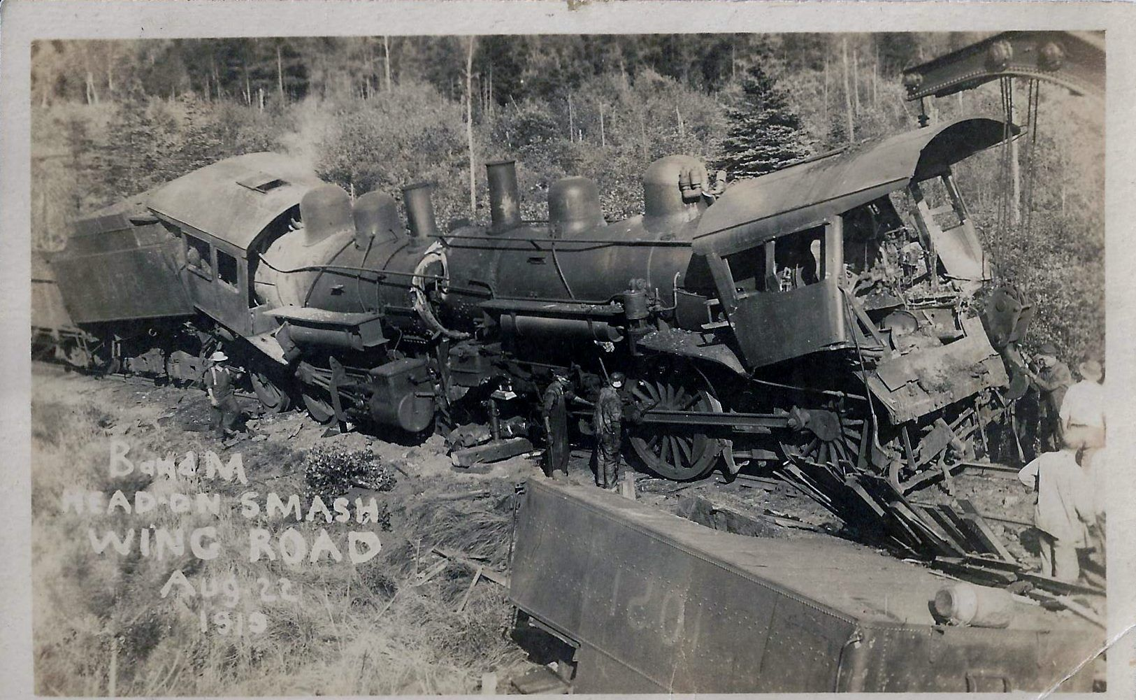 old train wrecks | Train Wreck Head Collision | 蒸気機関車 ...  |Rail Road Train Wreck