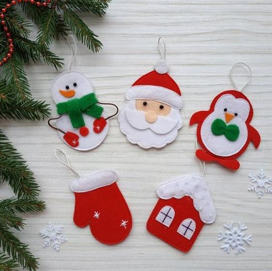 أفكار لأعمال يدوية لأعياد الميلاد Felt Christmas Ornaments Funny Christmas Ornaments Christmas Ornaments