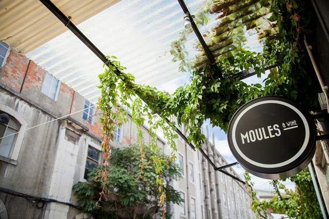 LX Factory recebe Moules & Wine - Notícias - Vogue Portugal