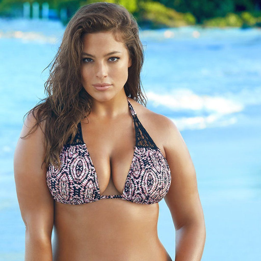 0184ffe29b5a02 5 Great Tips To Consider When Buying Swimwear For Larger Busts  http   www.myfashionlife.com archives 2017 05 17 swimwear-for-larger-busts    Viva Voluptuous