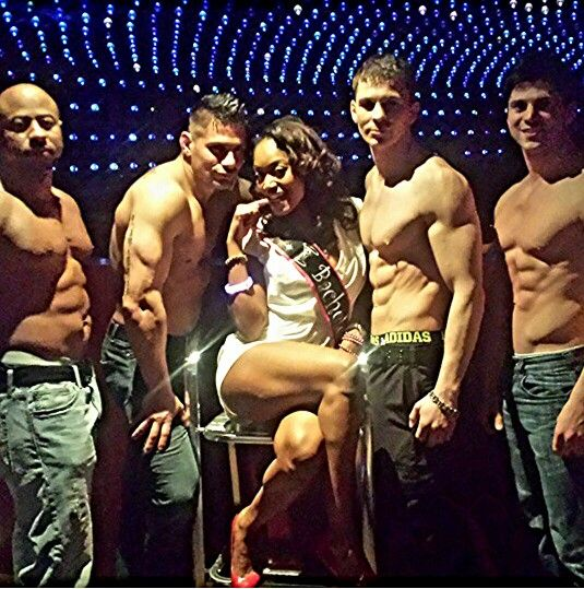 Hottest Male Dancers In