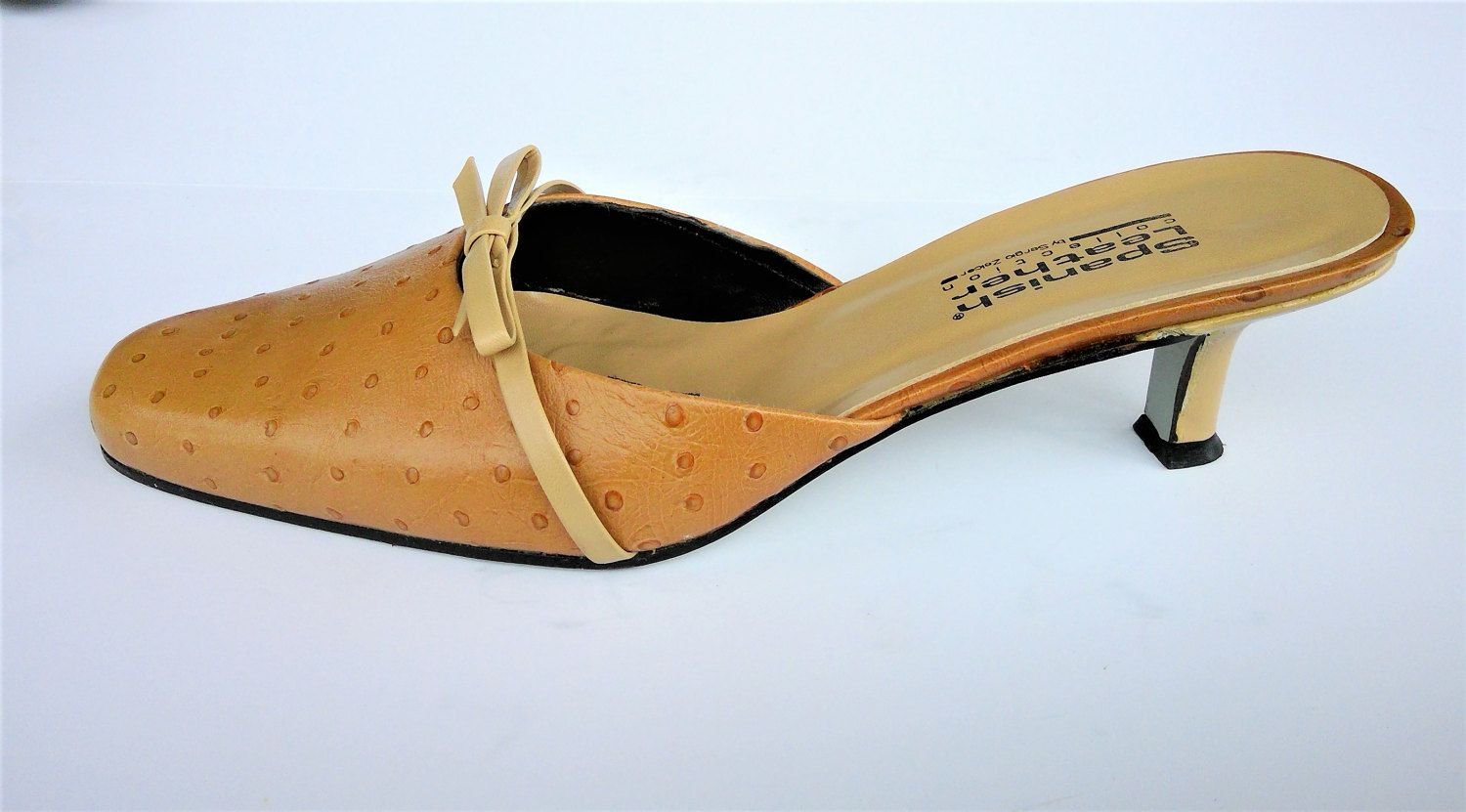67d1e1a753d5 Vintage Designer Sergio Zelcer Spanish Leather Collection Mules - Size 8  1 2 - Made In Spain by CircaPasse on Etsy