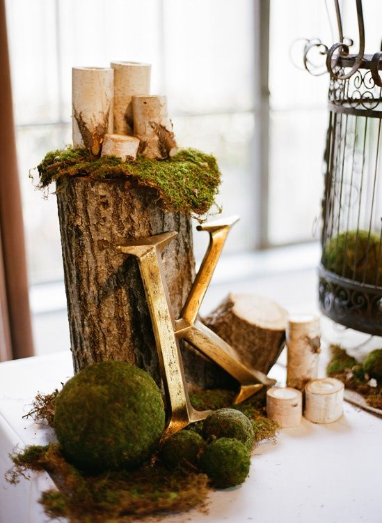 Cool spring moss outdoor and indoor decor ideas on a bicycle built this wedding has a ton of earthy burlap including elements in it junglespirit Image collections
