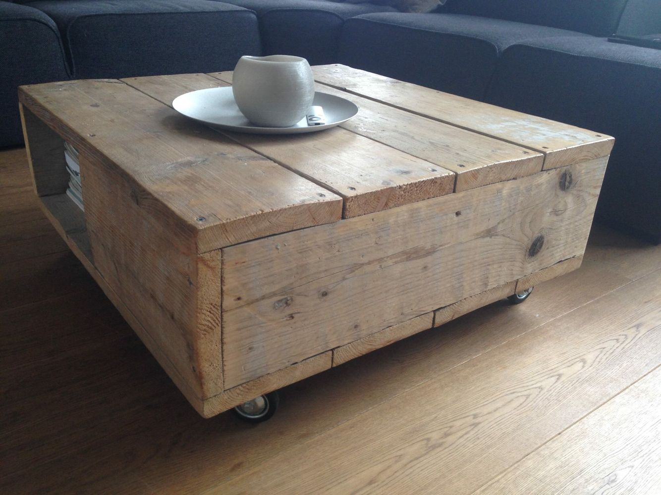 Salontafel met opbergruimte, 80×80 op wielen   Wood made by Civil  u0026 Wood   Pinterest   Met