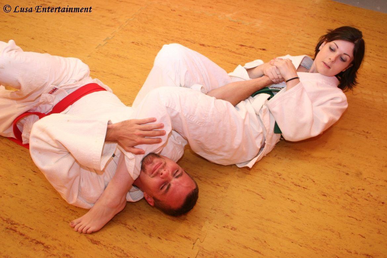 Time to submit | Mixed wrestling | Kampfkünste und Kunst