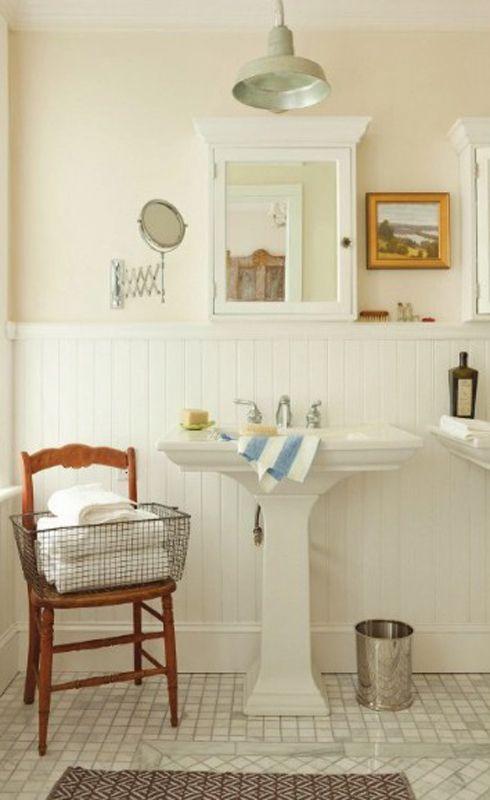Half pedestal bathroom sinks