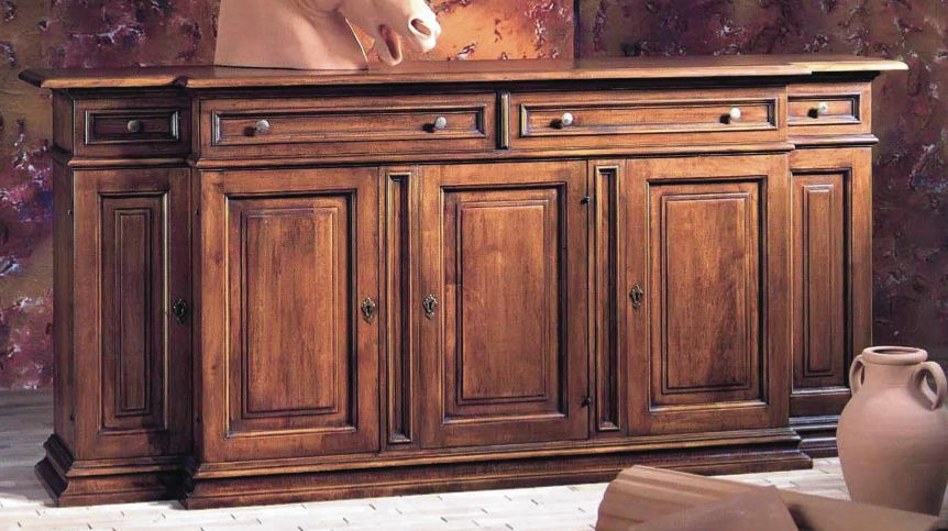 Genial David, Furniture .