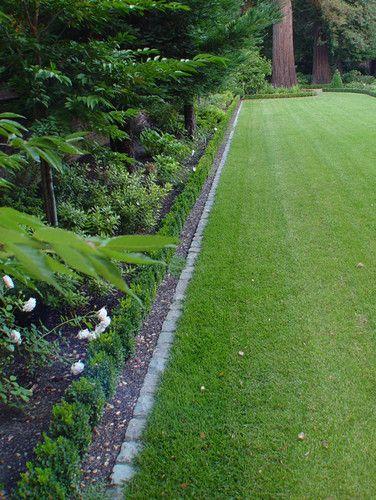 Cobblestone edging to lawn??? - - Monarch Stone ...