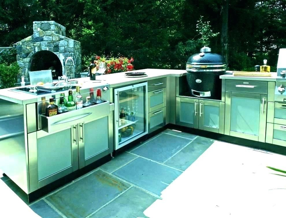 Charcoal Grill Ideas Kitchen Outdoor Small 15 Outdoor Kitchen Ideas With Charcoal Grill Outdoor Kitchen Ideas For In 2020 Kuche Luxus Outdoor Kuche Aussenkuche