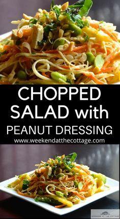 Knuspriger asiatischer Salat mit Erdnussdressing – Wochenende im Cottage