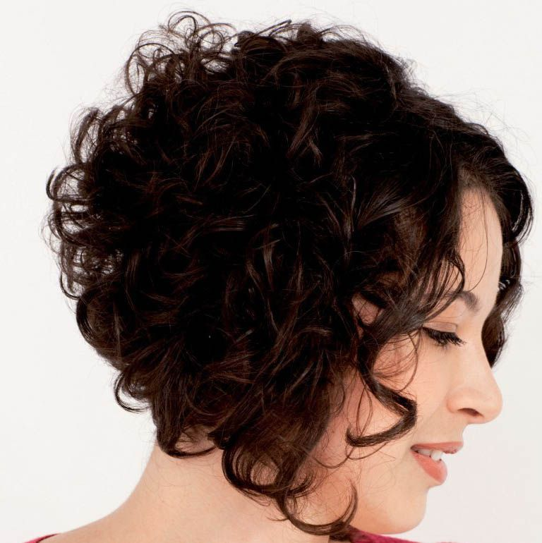 short wavy stacked hairstyles