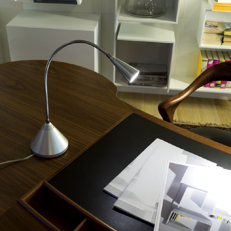 DALÌ - Table lamp, ideal for the lighting of desks, chests of drawers, small tables and reception desks. #LED #light_e_design #design #illumination #lamp #lightdesign #lighting #lamp #pendant #iluminacion #decor #office #decoracion #lampara