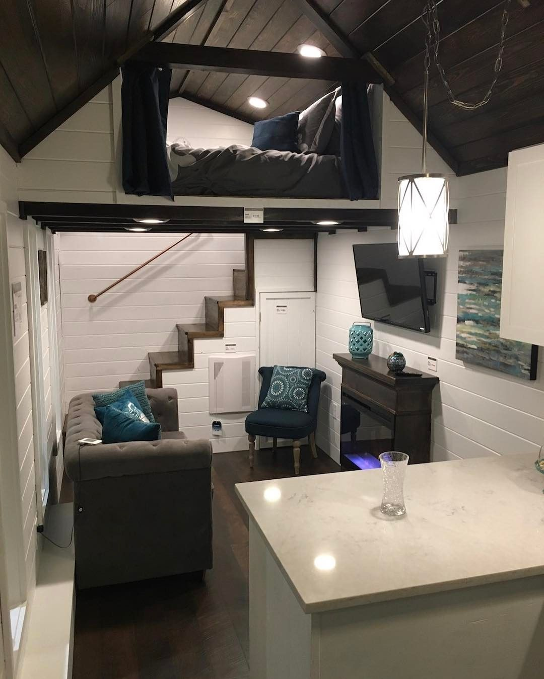Tiny House Inspiration Back Stairs Up To A Partially Enclosed