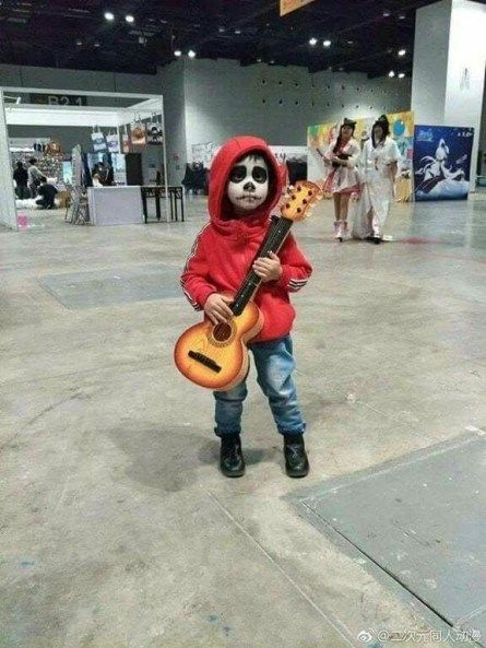 20 MovieThemed Kid's Halloween Costume Ideas - Halloween boys, Boy halloween costumes, Disney halloween costumes, Cute halloween costumes, Halloween costumes, Halloween customes - Boo! Halloween's coming fast! If your child doesn't know what they want to dress up as yet, here are a few ideas