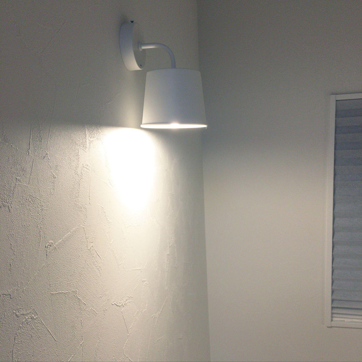 壁 天井 階段 好きなサイズに切れる Ikeaの安いカーテン サンゲツクロス などのインテリア実例 18 12 13 22 50 26 Roomclip ルームクリップ サンゲツ 壁面照明 インテリア クロス