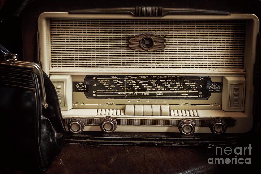 Vintage Radio By Delphimages Photo Creations Vintage Radio Retro Photography Vintage