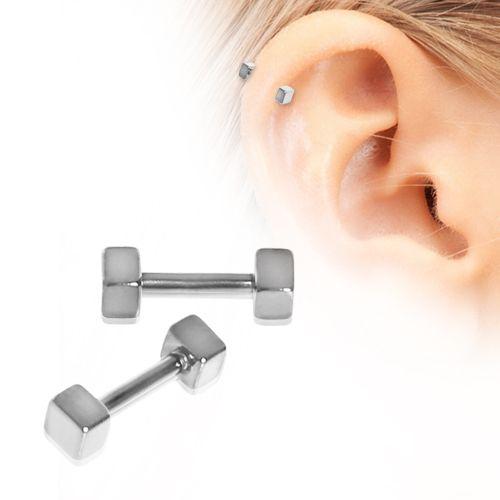 piercing cartilage carré