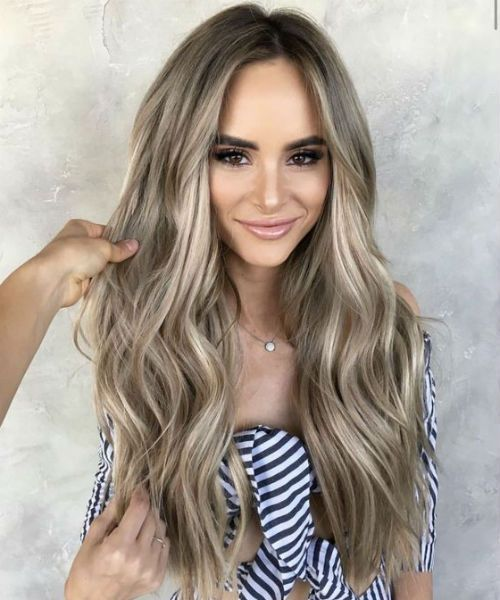 Sensational Ashy Honey Blonde Long Wavy Hairstyles 2019 to Mesmerize Anyone -   19 hairstyles Long wavy