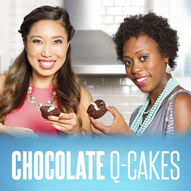 Remember those classic chocolate cakes dressed with a chocolate coating and filled with a tasty cream filling? Host Cassey Ho (Blogilates) and special guest Brittany Null (BrittBreakdown) show you how to make healthy Chocolate Q-Cakes…