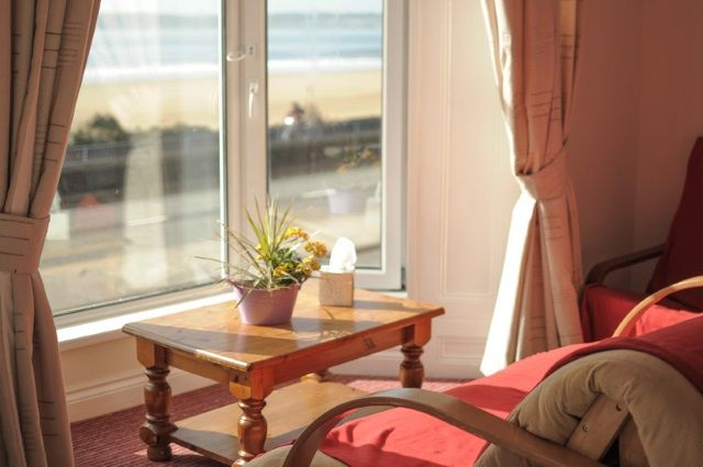 Leonardos Guest House, Swansea, Glamorgan. Wales. Bay. Holiday. Travel. #AroundAboutBritain. Day Out. Explore UK. Staycation. Family Holiday. Break. Relax. Adventure.