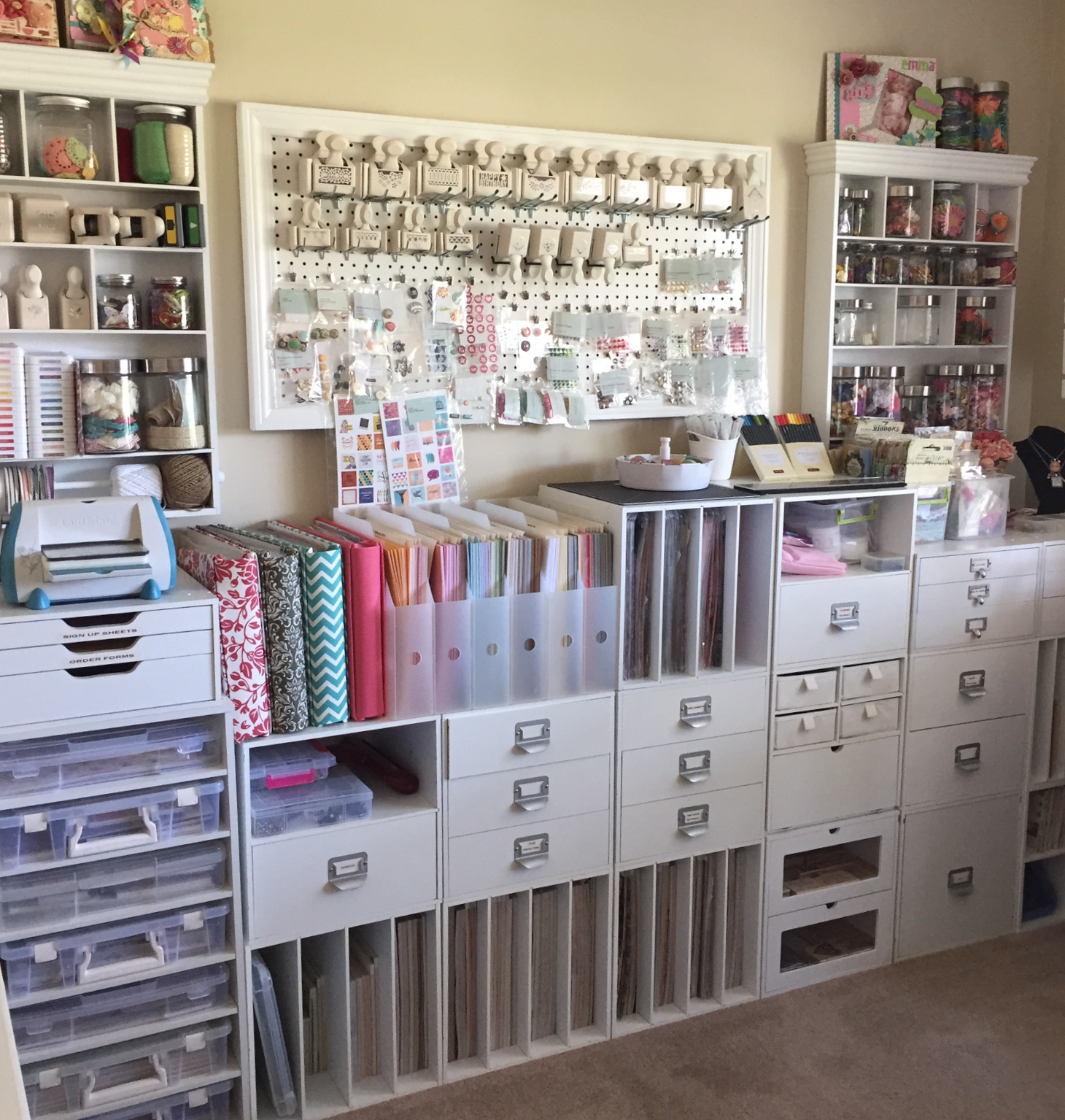 Scrapbook room storage ideas - Craft Room Organization Close To My Heart Rolling Tote Shoulder Tote