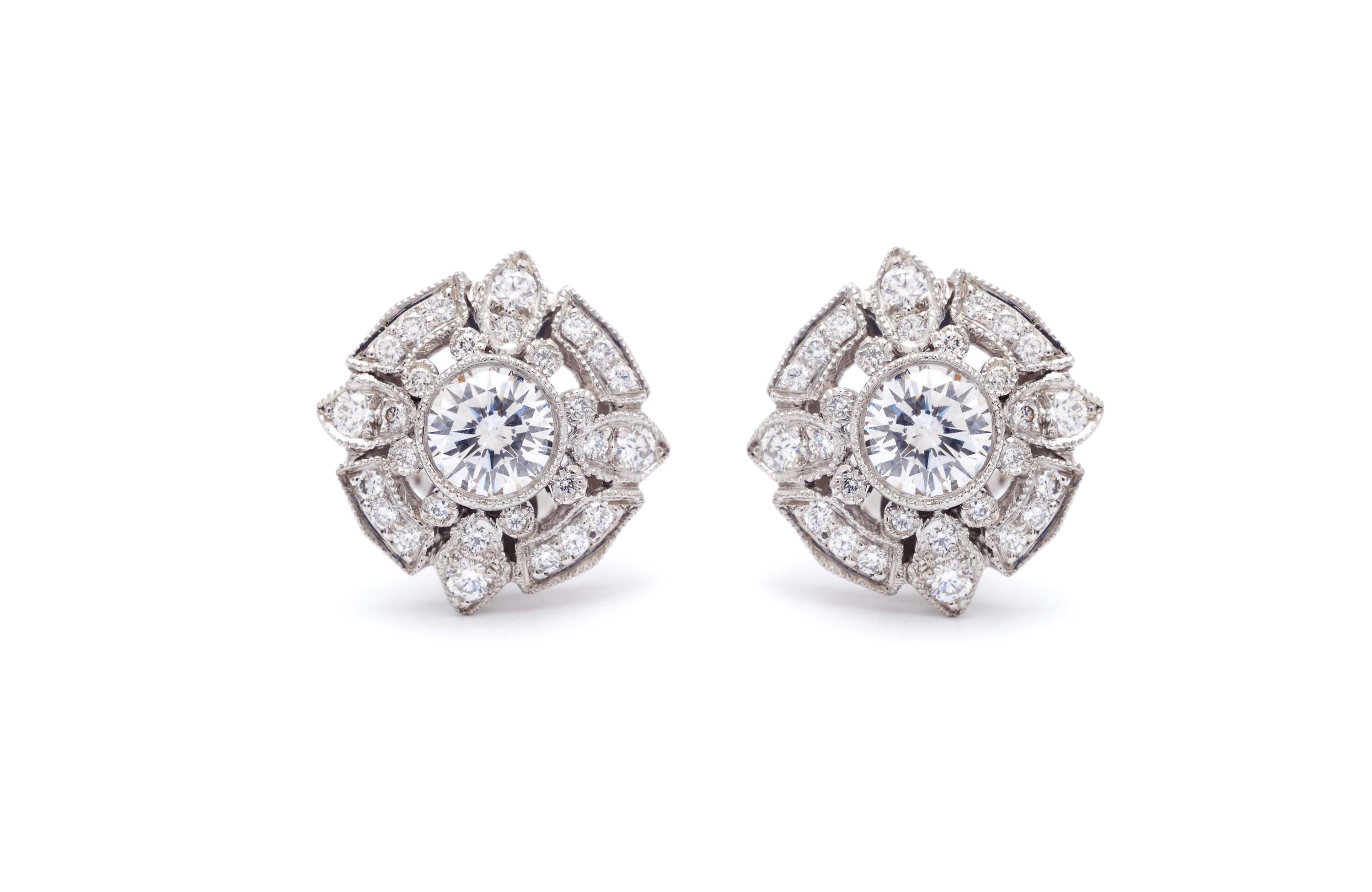 white sold weighs the stud diamond of img a is vintage pair earrings three grams pearl this in antique gold triangle