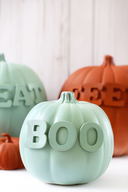 Make This No Carve Spooky Word Decorated Pumpkins Blissmakes Pumpkin Decorating Halloween Pumpkin Diy Diy Halloween Projects