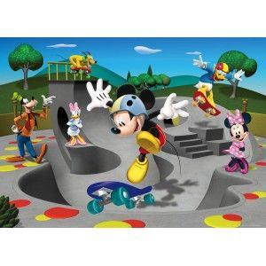 Mickey egér gördeszkázik faltapéta (160 x 115 cm)