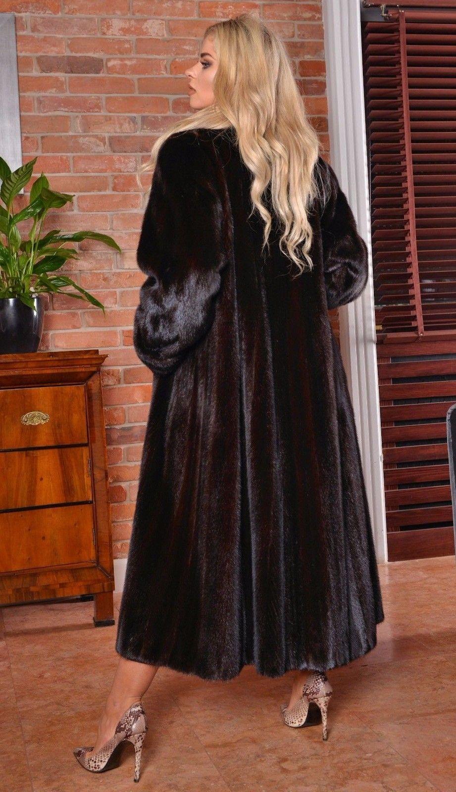 08442999e7 Long Hair and Black Mink | WonderFur in 2019 | Fur coat outfit, Fur ...