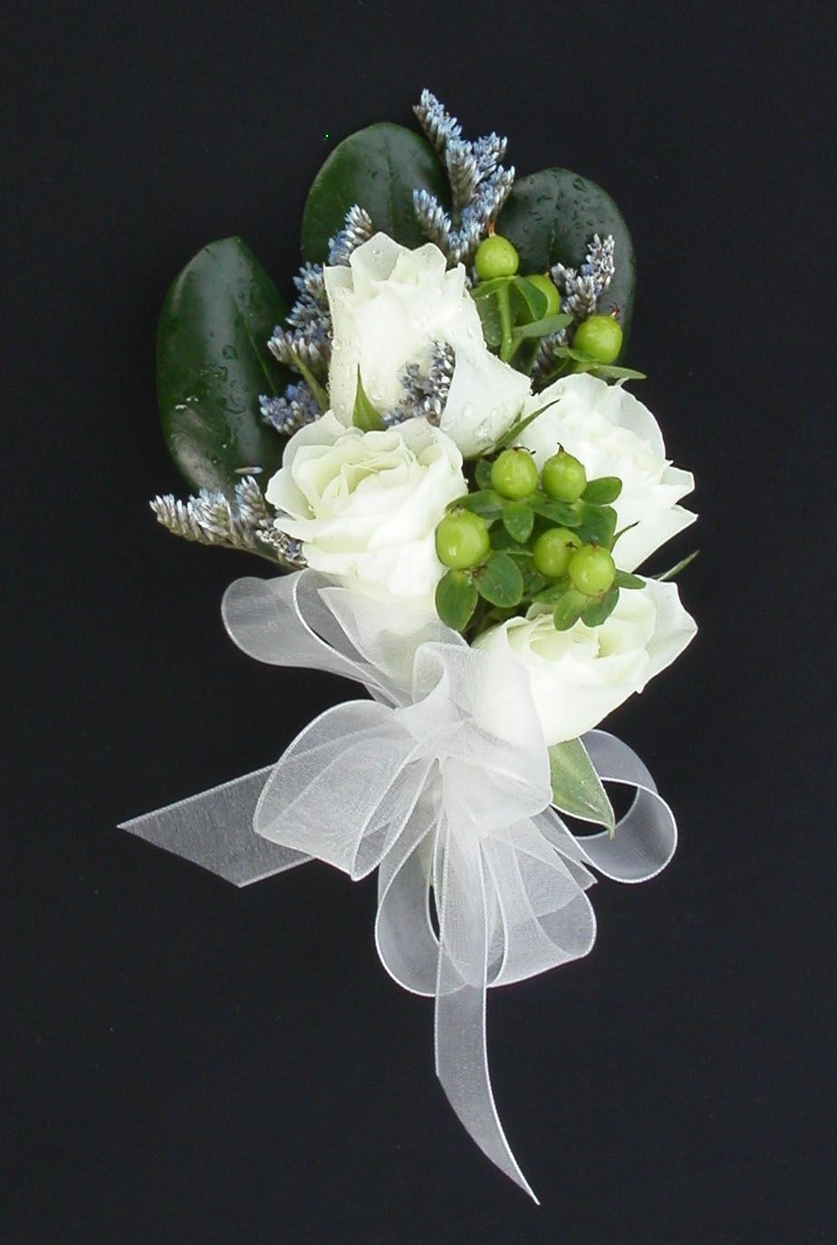 Corsages and boutonnieres white spray rose green for Flower sprays for weddings