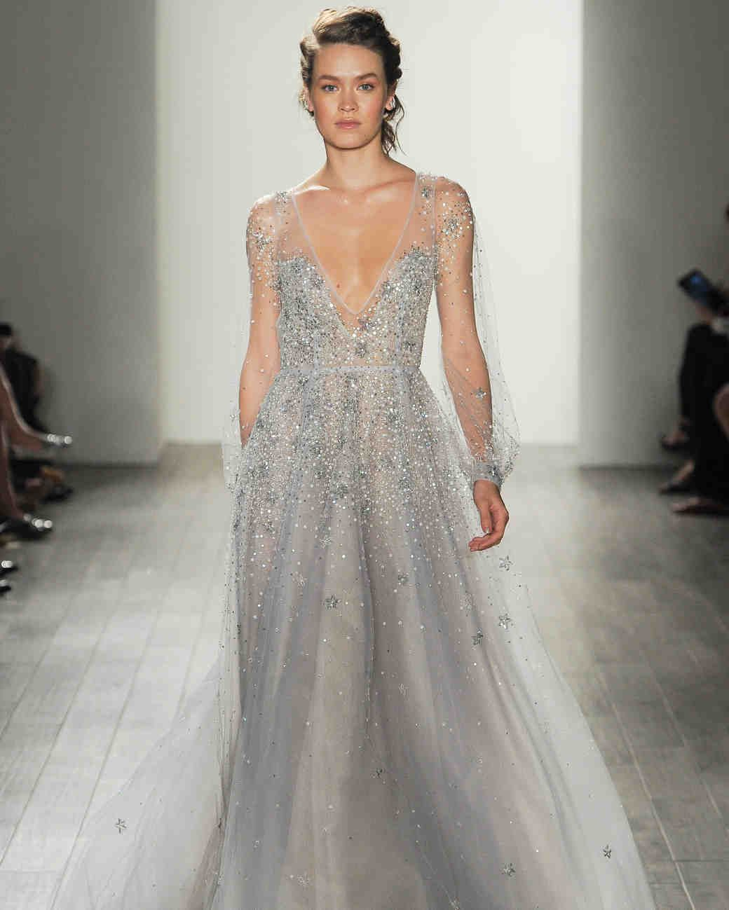Bridal water lily 2226 wedding dresses photos brides com - See The New Hayley Paige Wedding Dresses From The Designer S Fall 2017 Bridal Collection