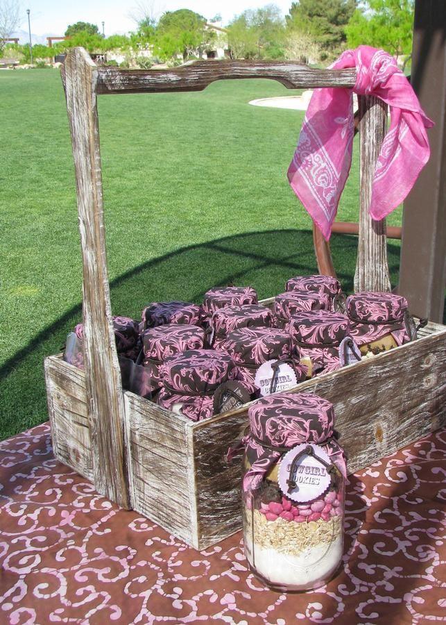 Cowgirl party - #Cowgirl #Party gute Idee als Mitgebsel. Besser als Bonbons oder Plastikzeug!!!