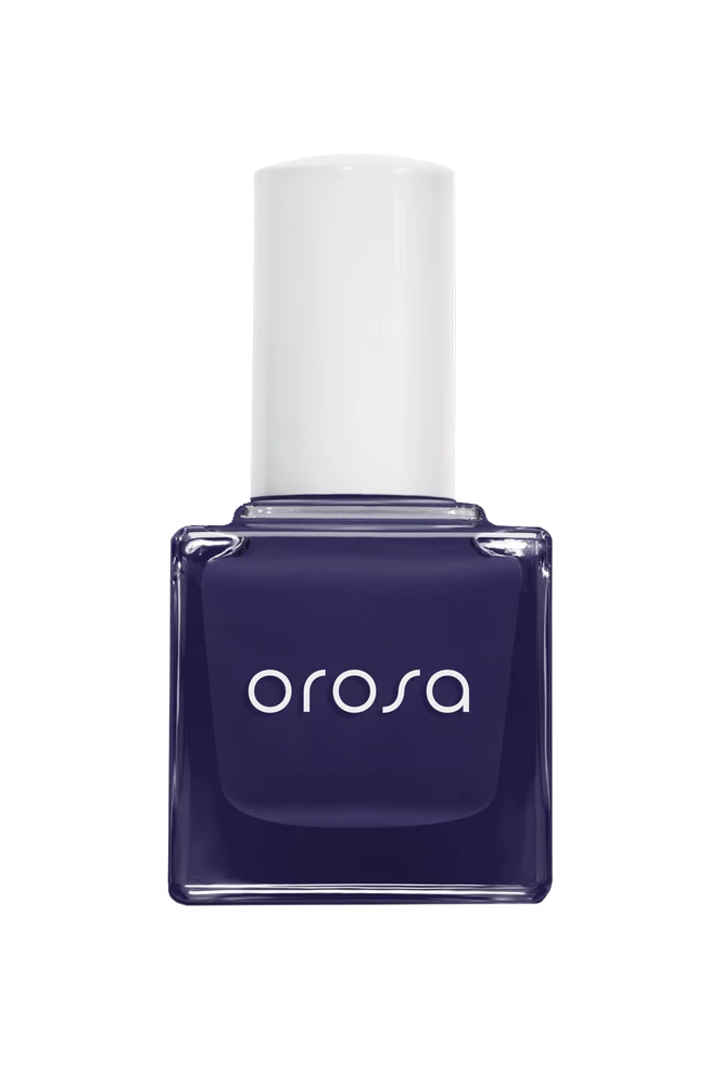The Best Winter Nail Shades to Beat Your Cold-Weather Blues