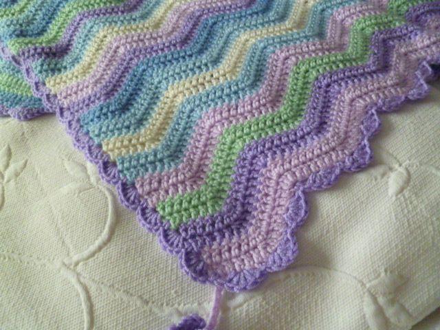 The 8th Gem: CROCHET: Baby Ripple Blanket Edging | Crochet Afghans ...