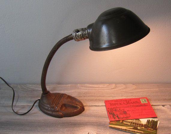 Vintage Rodale 987 Gooseneck Desk Lamp 1920s By Rosiesvintagetoo Desk Lamp Lamp Table Lamp