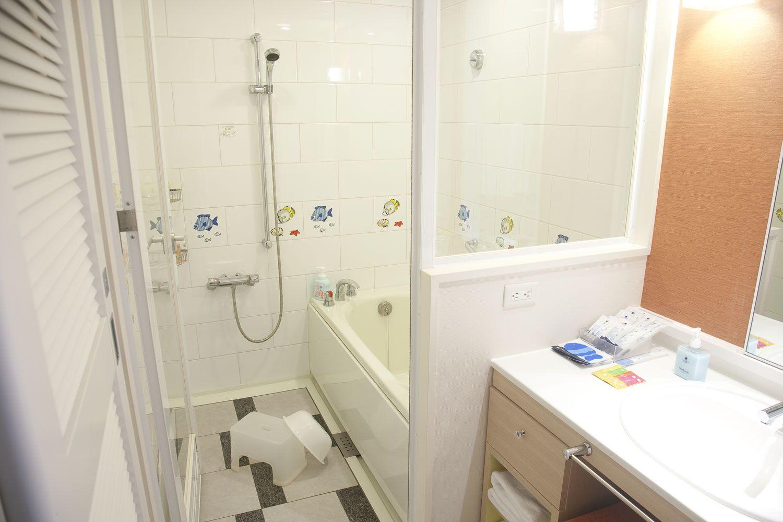 全室 トイレとセパレートで洗い場付のバスルーム Waku Waku ワンダー