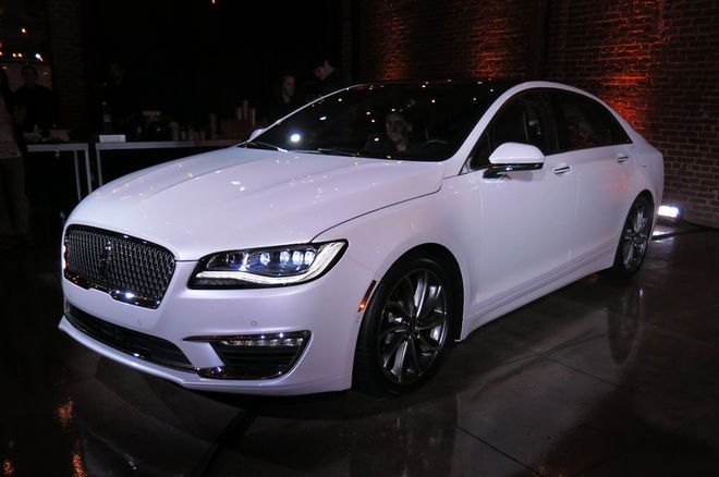 2017 lincoln mkz first look review motor trend ford motor company pinterest cars dream. Black Bedroom Furniture Sets. Home Design Ideas