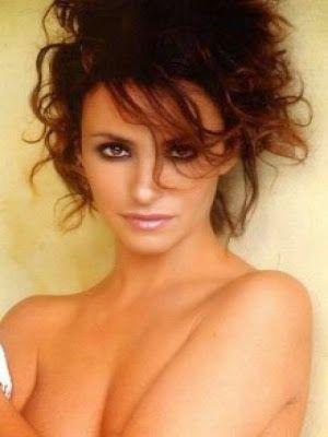 cotibluemos: La actriz  Melani Olivares, cumple 42 años