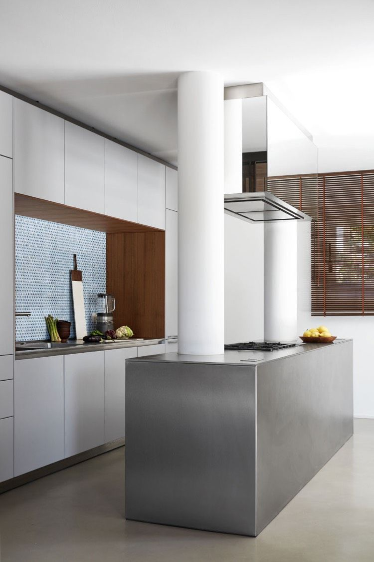 Kuche Matt Weiss Grifflos Stahl Insel Italienische Hauser Moderne Kuchen Inspiration Design Fur Zuhause